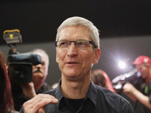 Tổng giám đốc điều hành Apple – Tim Cook nhận được rất nhiều sự ủng hộ của nhân viên