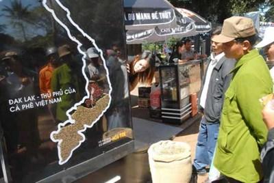 """Chỉ sau khi bị """"cướp"""" thương hiệu, các hoạt động xây dựng, bảo vệ thương hiệu cà phê Buôn Ma Thuột mới được chú ý hơn"""